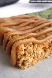 Butterscotch Oatmeal Bars with Brown Sugar Gaze from TheFoodCharlatan.com
