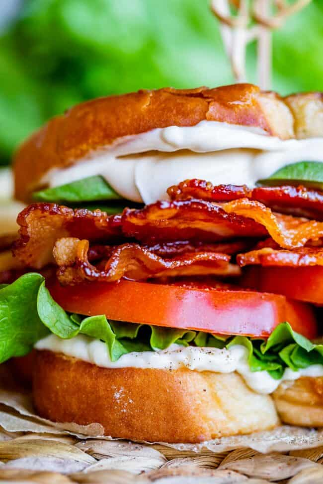 how to make a BLT with bacon, lettuce, tomato, mayo, and avocado