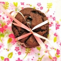 Homemade Oreo Cookies…with Oreos (plus a giveaway!)
