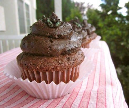 Mint Oreo Cupcakes from TheFoodCharlatan.com