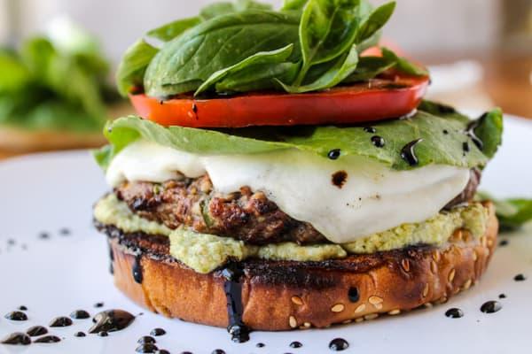 Caprese Burger with Artichoke Pesto Sauce | thefoodcharlatan.com