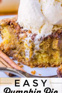 easy pumpkin pie cake with ice cream on top and cinnamon sticks