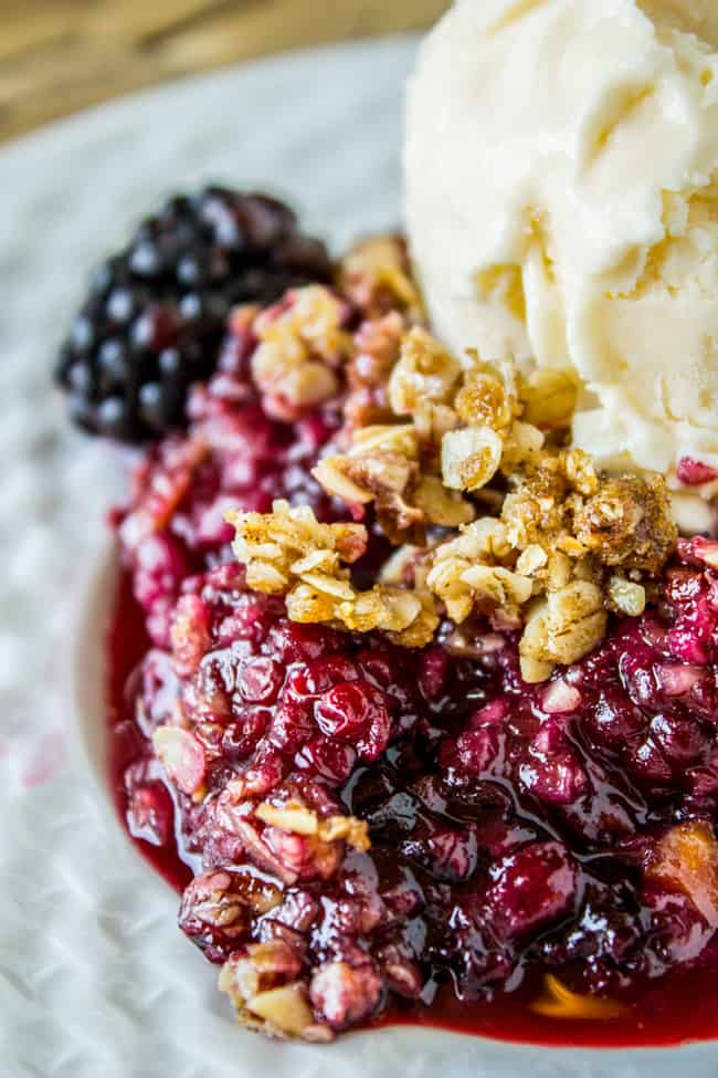 Easy Blackberry Cobbler With Oat Crunch Topping The Food Charlatan