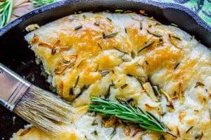 Garlic and Rosemary Skillet Bread