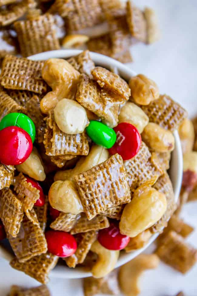 Sticky sweet and salty chex mix christmas crack the food charlatan sticky sweet and salty chex mix christmas crack from the food charlatan forumfinder Images