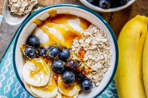 Banana Blueberry Overnight Oats with Honey