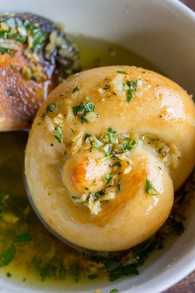 Garlic Frozen Dinner Rolls