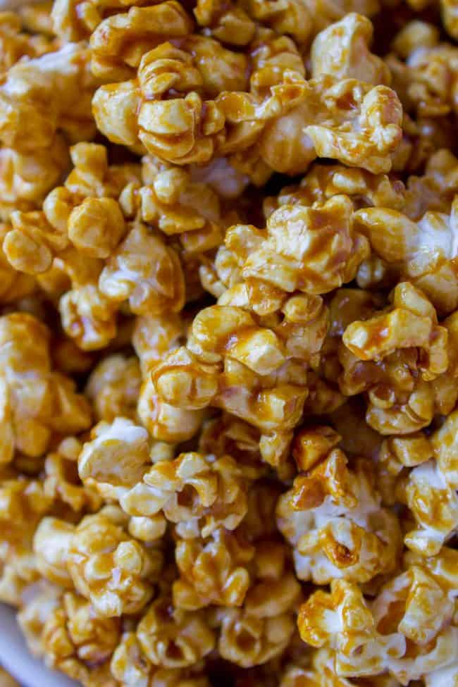 10 Minute Caramel Popcorn In The Microwave The Food Charlatan