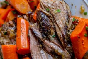 Easy Fall-Apart Pot Roast with Carrots (Slow Cooker)