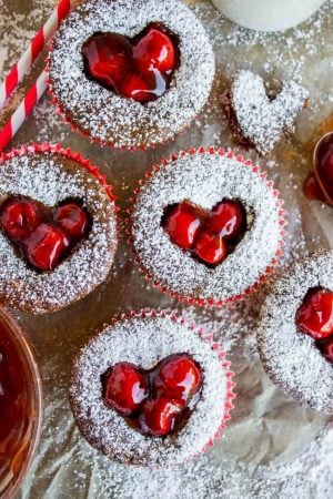 cherry cordial cupcakes