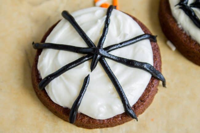 how to make spider web cookies