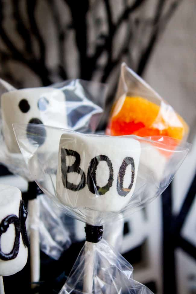 halloween marshmallow pops party favor