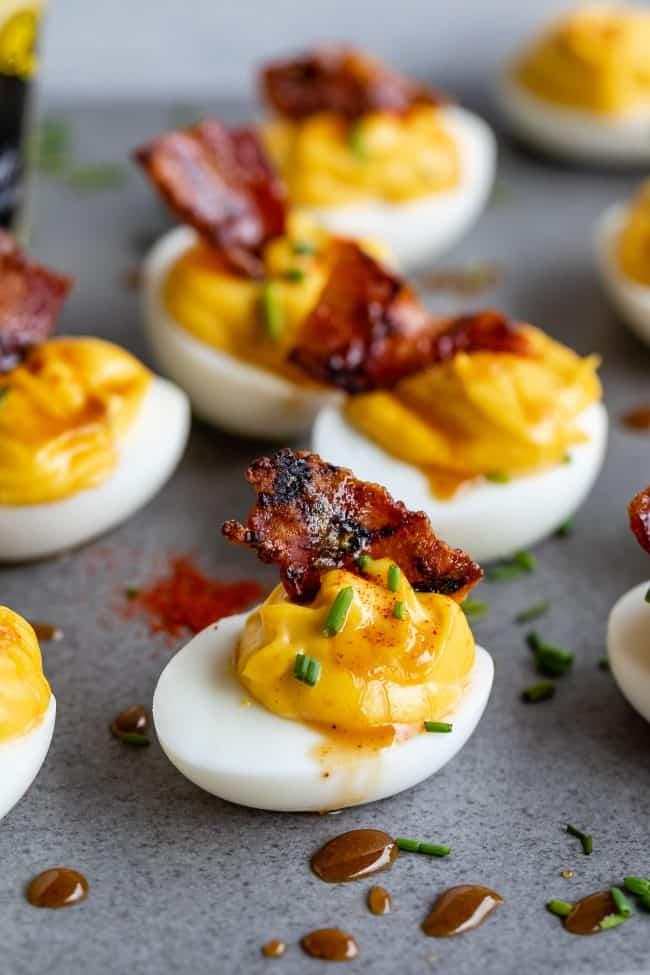 huevos rellenos con mostaza dijon