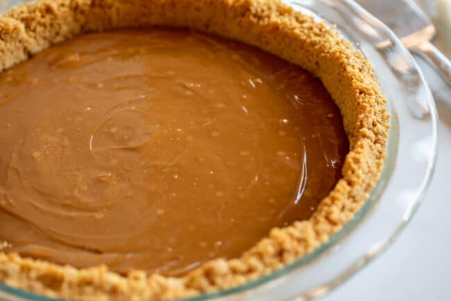 how to make dulce de leche pie