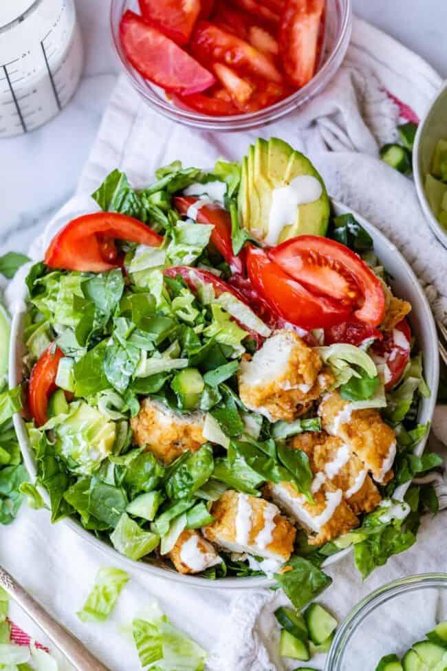 overheat shot of crispy chicken salad
