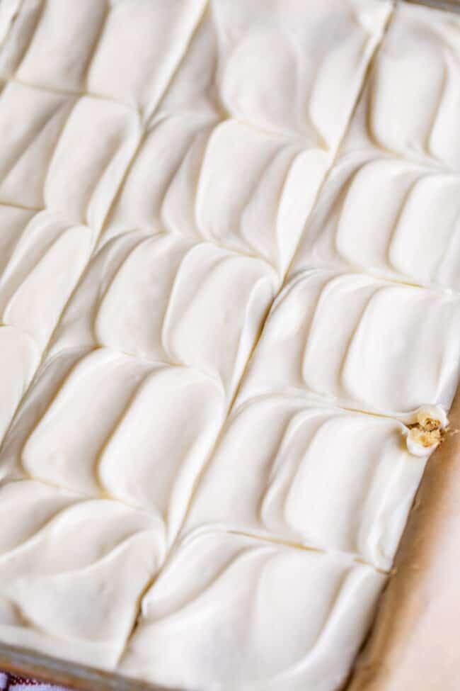 easy banana cake recipe with cream cheese frosting swirls