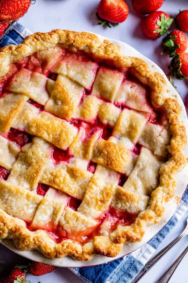 baked lattice pie crust for strawberry pie