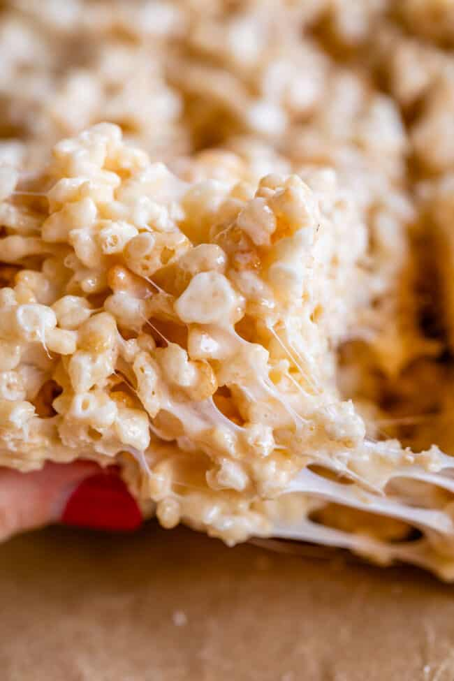marshmallow stretch from rice krispie treat