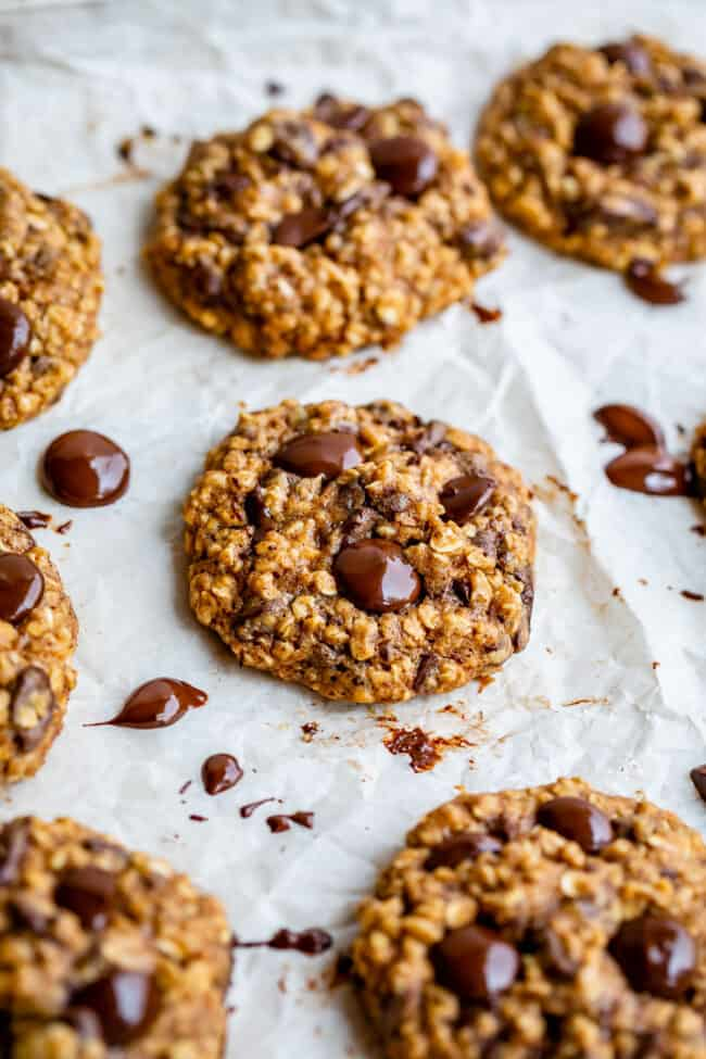low calorie cookies on a baking sheet
